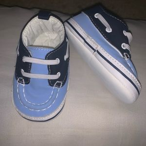Baby boy boat shoes.